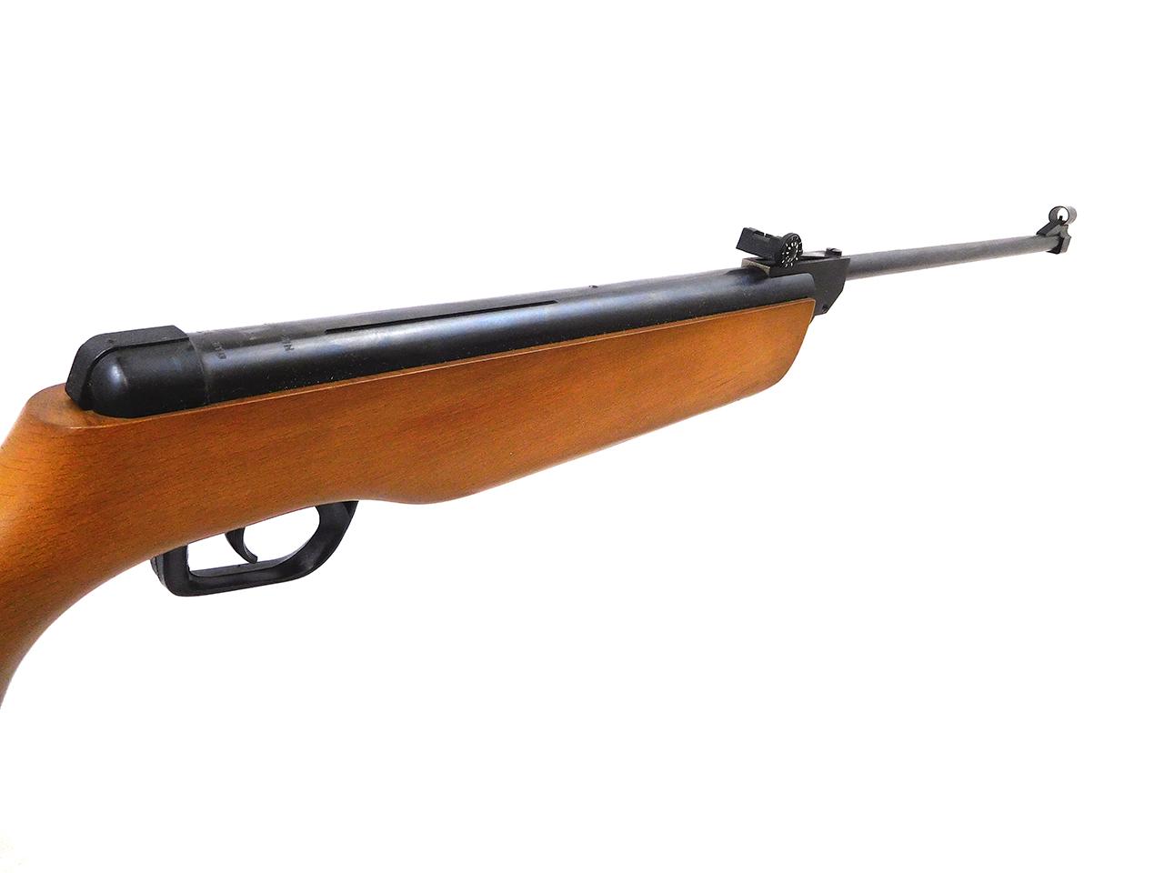 El Gamo Model 300 Pellet Rifle